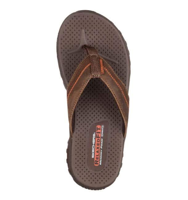heren slippers skechers bruin2